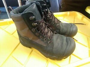 Mens Keen Insulated Hiking Boots Sz 8.5