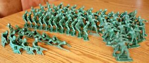 Bag 1 are 72 Vintage plastic toy soldiers army men