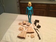 Vintage Louis Marx  Action Figure Jane West  Blue  W/ Accessories Compact