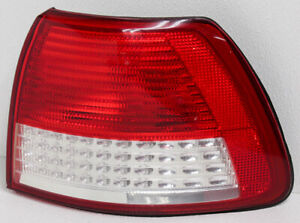 OEM Cadillac Catera Right Passenger Side Halogen Tail Lamp 09193426