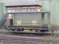 BACHMANN MIDLAND RAILWAY BRAKE VAN M623 (LINESIDE WEATHERED) 38-554