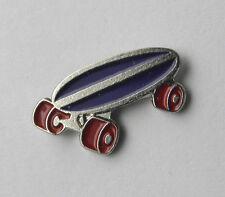 SKATEBOARD SCATEBOARD SPORTS SMALL CUTE LAPEL PIN BADGE 1/2 INCH
