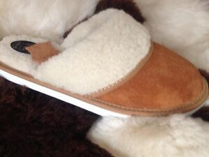 New Lady Sheepskin Real Suede Leather Slippers Wool Shoes Garden Home Flip-Flop