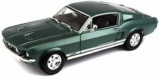 Maisto 31166 1967 Ford Mustang GTA Fastback 1/18 Scale Diecast Model - Black