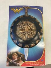 Dc Comics Wonder Woman Shield & Sword Justice League toy and costume (Cd)