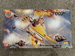 1996 AIRFIX James Bond 007 Little Nellie Autogyro 04401 *FACTORY SEALED*