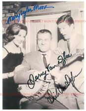 MARY TYLER MOORE DICK AND JERRY VAN DYKE SIGNED AUTOGRAPHED 8x10 RP PHOTO