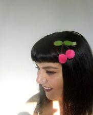 Pince clip cheveux cerises roses fuchsia cherries laine original pin-up rétro