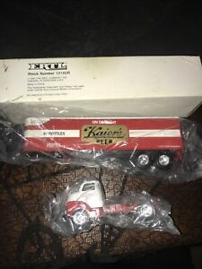 KAIER'S BEER MAHANOY CITY PENNA 1960 CHEV TRACTOR TRAILER 1992 ERTL #1314