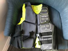 obrien water sport vest mens Xl used 2x adjustable yellow and black