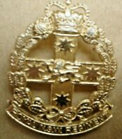 A 1 X  AUSTRALIAN ARMY METAL BADGE 5 X 3 CM PIN ON ROYAL NSW REGIMENT