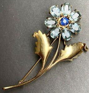 14k Yellow Gold Blue Topaz Sapphire Flower Brooch Pin Pendant 1950s Mid-Century
