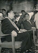 Visite au Cambodge c. 1955 - Chou En Lai Chine Prince Norodom Sihanouk - PR 280