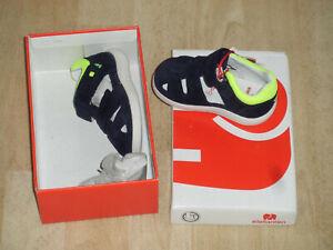 Schuhe, Sandalen, Junge,Neu+OVP,Gr.19,Elefanten, wie auf dem Bild!