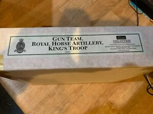 Britains New Gun Team Royal Horse Artillery King's Troop 8825 Toy Soldier Figure