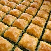 AUTHENTIC NATURAL ANTEP BAKLAVA WITH PISTACHIO 48H DELIVERY ( WOOD-FIRED OVEN )