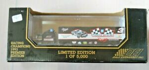 Dale Earnhardt RACING CHAMPIONS Goodwrench Transporter Truck 1:87 1993 Premier