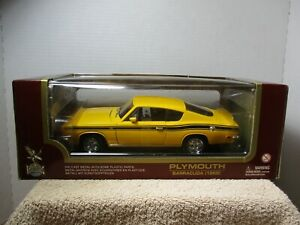1/18 SCALE ROAD LEGENDS YELLOW 1969 PLYMOUTH BARRACDUA #2