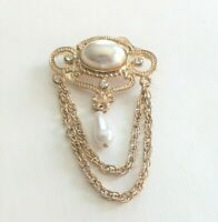 VINTAGE Victorian-Style Gold-Tone Swag Brooch/Pin W/Faux Pearl Center & Teardrop