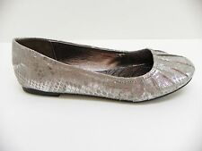 Material Girl Womens Shoe Brandy Ballet Flat Loafer Silver Snake Print 6M Shoes