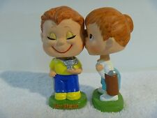 """VINTAGE 1960's """"MY HERO"""" KISSING BOY AND GIRL GOLF TOY BOBBLEHEAD NODDER BY LEGO"""
