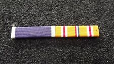 ^ Ordensspange WWII mit 2 Ribbons:  Purple Heart, Asiatic and Pacific Campaign M
