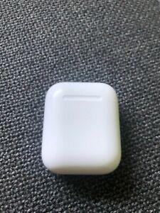 Apple AirPods - 2. Generation - nur Ladecase - Guter Zustand