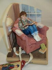 AG American Girl Hallmark Molly 1944 Bookend Figurine Pleasant Company Damage