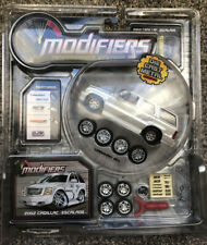 Modifiers 2002 Cadillac Escalade Pearl White 1:64 General Motors Dubs Tuner