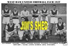 WEST HAM UNITED F.C. TEAM PRINT 1957 (Season 1956-57)