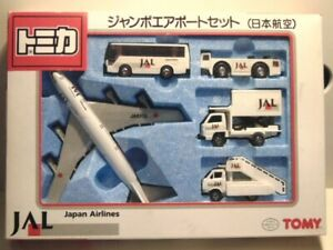 Tomy Tomica Japan Airlines Gift Set - Mint in Near Mint Box