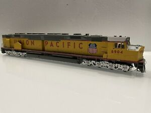 Athearn Genesis Union Pacific DDA40X Parts Unpowered Locomotive