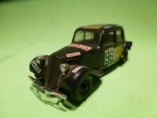 HELLER  1:43   CITROEN  TRACTION PLASTIC 15CV  - IN VERY GOOD CONDITION