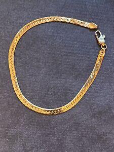 "18K Yellow Gold Flat Herringbone Bracelet 8""long 750 Italy"