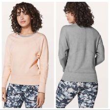 Lululemon size 4- 6 Time Out reversible sweatshirt