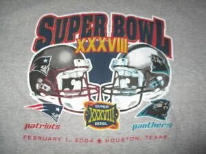 NEW ENGLAND PATRIOTS vs CAROLINA PANTHERS Super Bowl XXXVIII Helmet (XL) T-Shirt