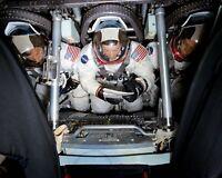 SKYLAB 2 CREW IN APOLLO COMMAND MODULE MISSION SIM - 8X10 NASA PHOTO (ZZ-963)