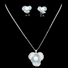 Silver Tone White Pearl Flower Costume Jewellery Set use Swarovski Pearls