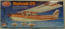 Guillow's Cessna Skyhawk GUI802