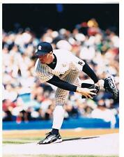 Roger Clemens Unsigned 8x10 Photo YANKEES