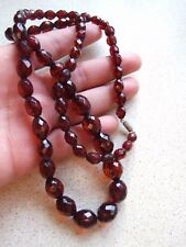 Antique Deco Faceted Bakelite Cherry Amber Beads Necklace