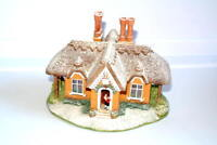 Lilliput Lane Kerry Christmas Lodge collection 1999  Cottage Sculpture Boxed