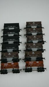 Roundhouse HO Scale DM&IR, B&LE and Undecorated Ore Cars-Lot of 12 (6 of ea.)
