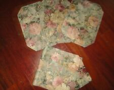 BURLINGTON PENNEY MOSS GREEN ROSE PINK FLORAL (4PC) PLACEMATS & TABLE RUNNER