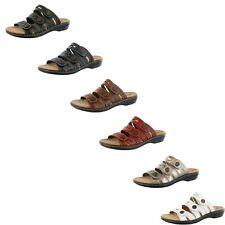 Clarks Mujer Megan Lakai deslice sobre sandalias