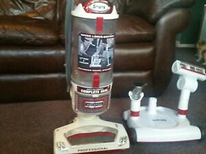 Shark Rotator Professional Lift-Away Vacuum (NV501) With accessories.Works Great
