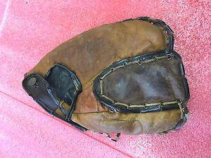 F8 Vintage RARE Willy Mays hand written on baseball glove tattered very used