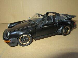 691Q Franklin Mint Precision Models Porsche 911 Carrera Targa 1988 Black 1:24