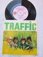TRAFFIC HOLE IN MY SHOE / SMILING PHASES ps island 6017 NEAR MINT