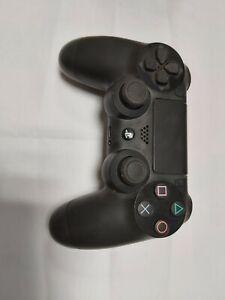 Sony DualShock 4 Manette de Jeu sans Fil pоur PlayStation 4 - Noire